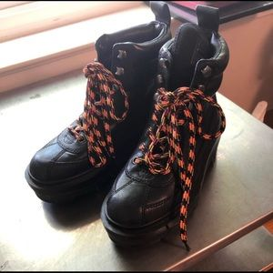 Marc Jacob leather combat boot w/ fun strings